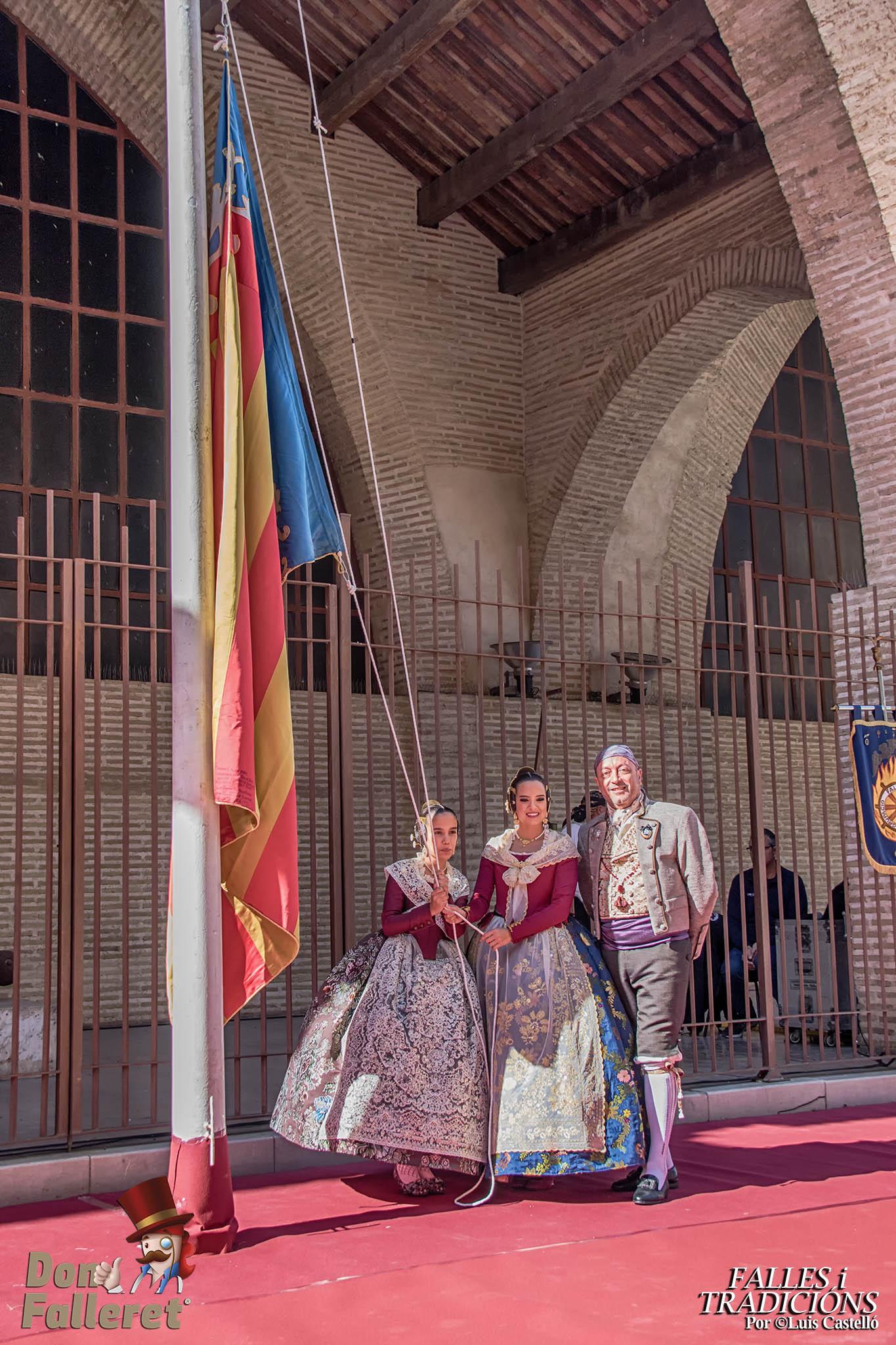 El Marítimo homenajea a la Senyera / Luis Castelló - Don Falleret